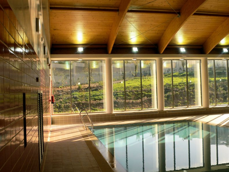 díaz cubero, DIAZ CUBERO, piscina medina sidonia